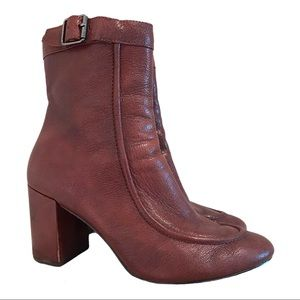 Vero Cuoio Italian Stacked Heel Ankle Boots